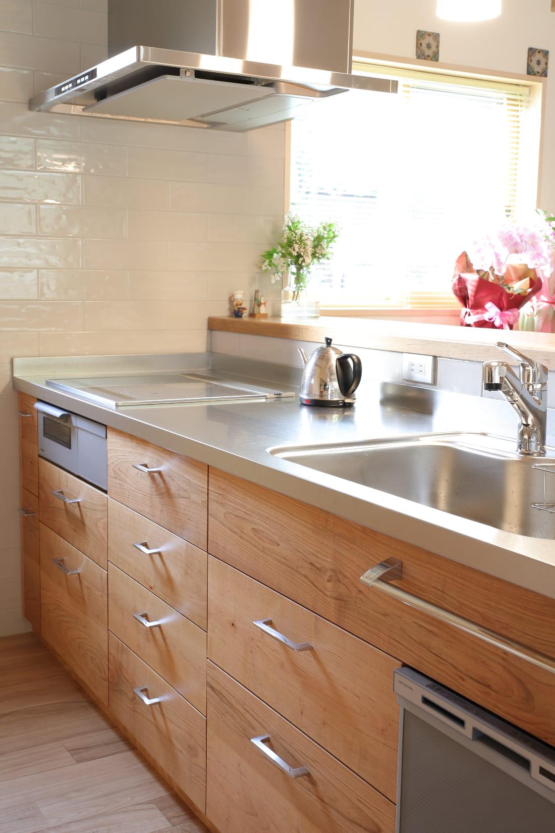 山桜のキッチン 無垢の木のキッチン