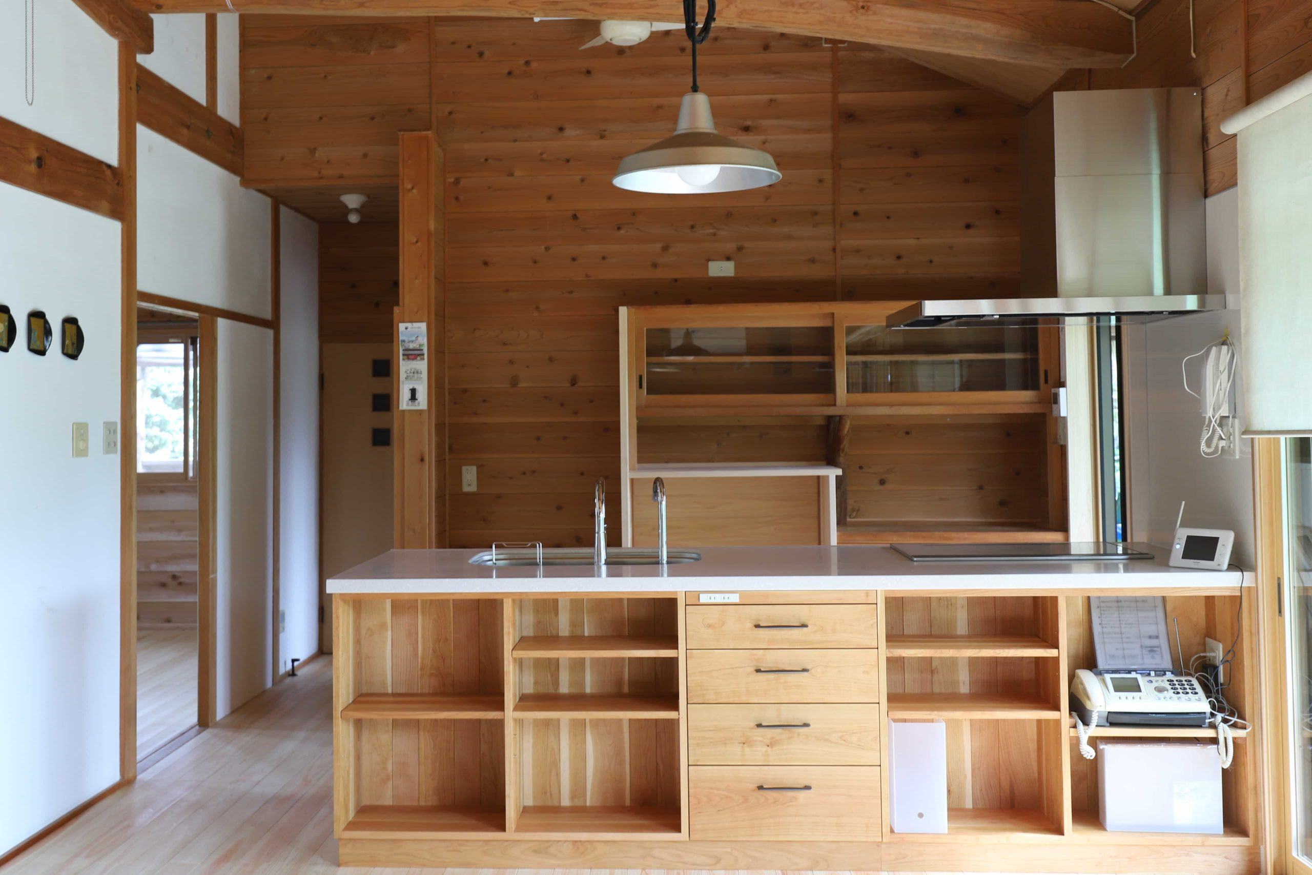 造作キッチン、木のキッチン